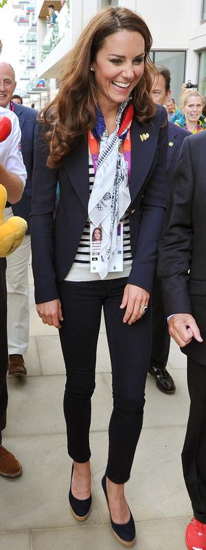Kate Middleton sports her wardrobe must-have: a stylish navy blazer