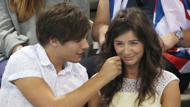 Louis And Eleanor Kissing