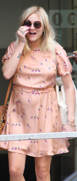 miss mode: fearne cotton bird dress 2