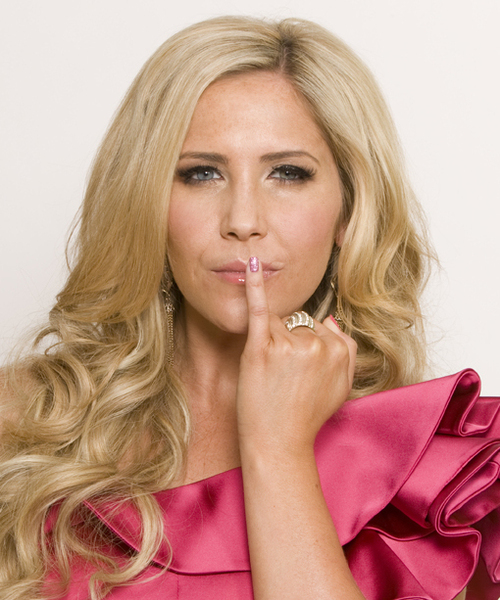 Heidi Range Nails Inc Breast Cancer Campaign