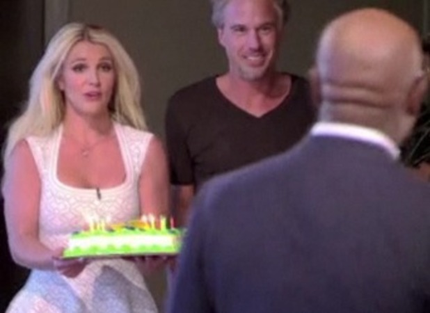 Britney Spears sings Happy Brithday to L.A. Reid