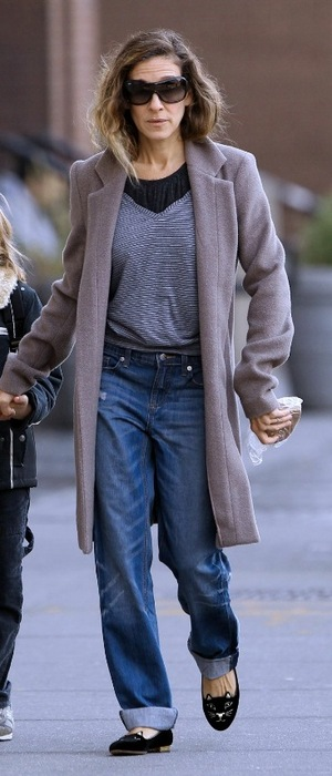 Sarah Jessica Parker in Charlotte Olympia Kitty Flats