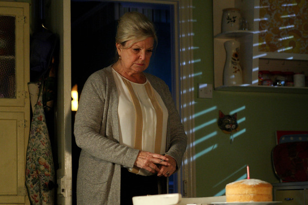 EastEnders, Cora makes a cake for Ava, Mon 12 Nov 2012