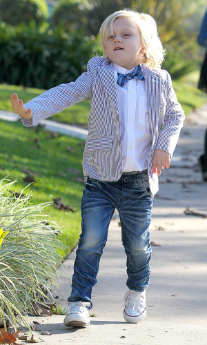 Miss Mode: Gwen Stefani's son Zuma in bow tie and a striped suit arrives at his grandparents home  for Thanksgiving Los Angeles, California - 22.11.12 Mandatory Credit: WENN.com