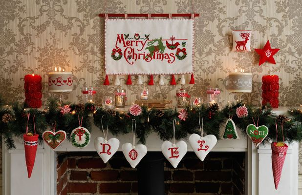 Sally cullen 39 s top tips for styling a beautiful vintage for Vintage christmas decorating ideas