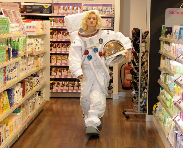 space suit features