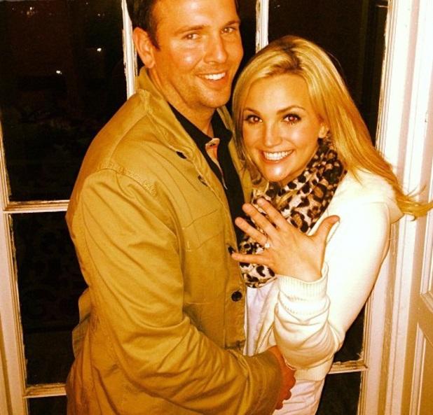Jamie Lynn Spears announces engagement, 2 March 2013