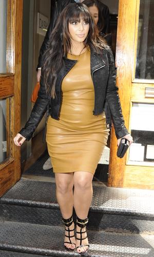Pregnant Kim Kardashian out and about shopping in Soho Featuring: Kim Kardashian Where: Manhattan, NY, United States When: 26 Mar 2013 Credit: TNYF/WENN.com
