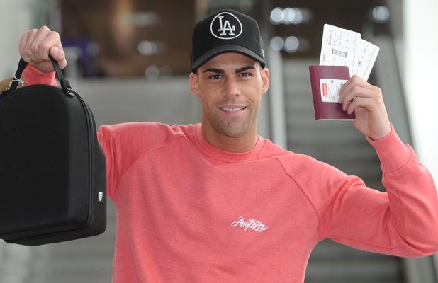 Jay Gardiner heads to Australia to rejoin Geordie Shore - 9 April 2013