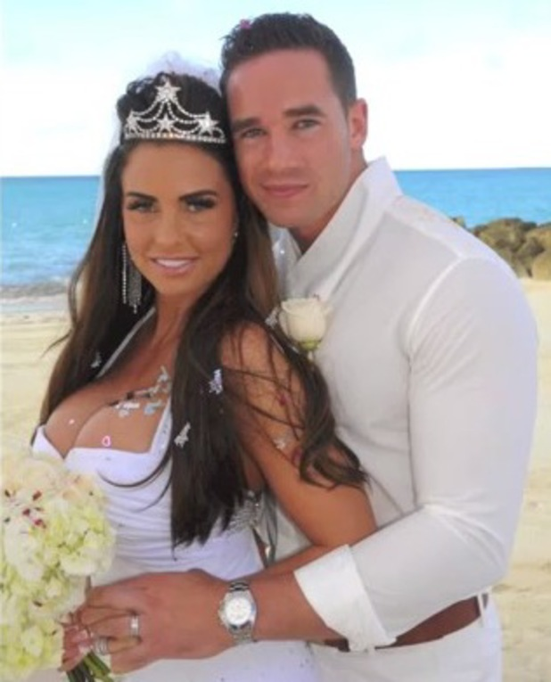 Katie Price and Kieran Hayler on wedding day - video montage, 18 April 2013