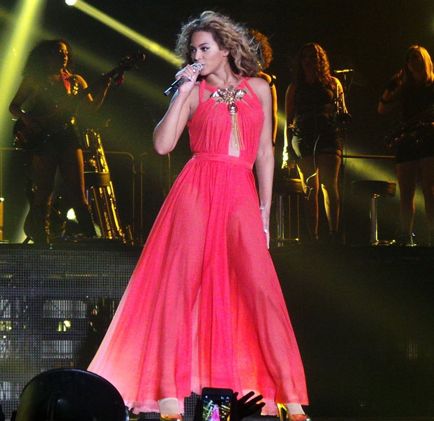 Beyonce performs live in concert at the LG Arena in Birmingham, 26 April 2013