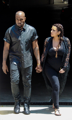 Kim Kardashian and Kanye West house hunting, 10 May 2013