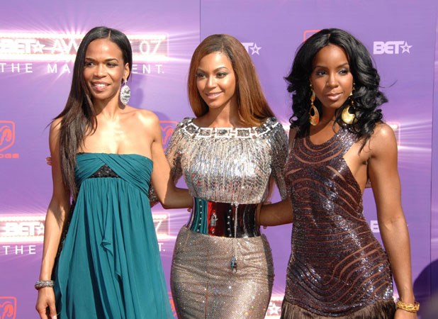Michelle Williams , Kelly Rowland and Beyonce Knowles of Destinys Child - B.E.T.Awards 2007 held at The Shrine
