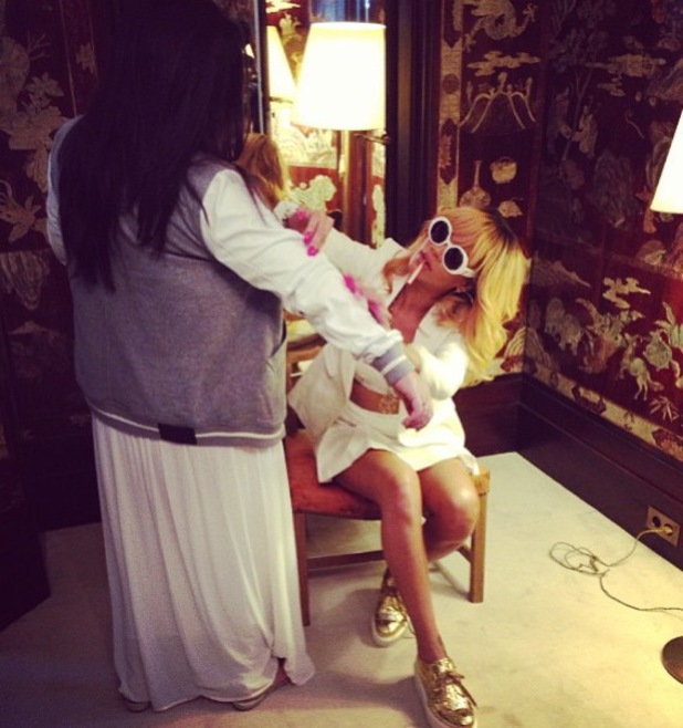 Rihanna spends the day in Coco Chanel's apartment - 4 June 2013