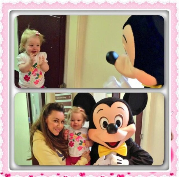 Michelle Heaton and daughter Faith meet Mickey Mouse - 20 June 2013
