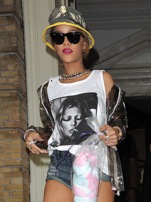 Rihanna leaves a hotel in Germany on her Diamonds tour, 26 June 2013