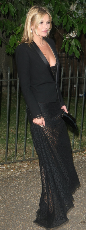 Kate Moss wears black for the Serpentine Summer Party - 26 June 2013