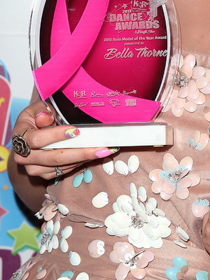 Bella Thorne with her Role Model of the Year award at the kar TV Dance Awards - Las Vegas, USA, 3 July 2013