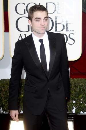 Robert Pattinson - 70th Annual Golden Globe Awards - 13.1.2013