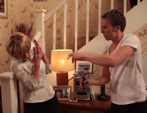 Corrie, David lashes out at Gail, Fri 5 Jul