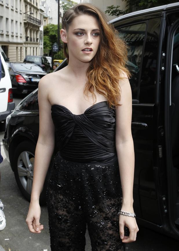 Kristen Stewart attends the Zuhair Murad show, Paris Fashion Week Haute Couture Fall/Winter 2014 - Zuhair Murad - Celebrity Arrivals - 4 July 2013