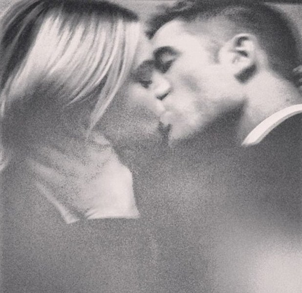 Robert Pattinson kisses blonde in advert for Dior
