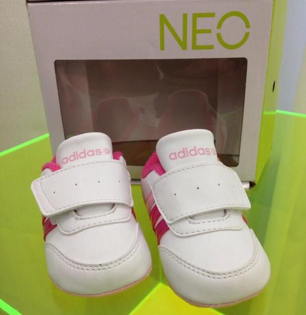 Adidas NEO baby trainers by Selena Gomez - 2013