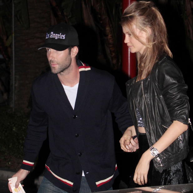 Adam Levine and his girlfriend Behati Prinsloo at the Staples Center to watch the LA Lakers game Los Angeles, California - 30.10.12 PersonInImage: Credit :	WENN