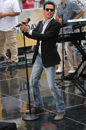 Marc Anthony performs on 'Today' - 23 July 2013