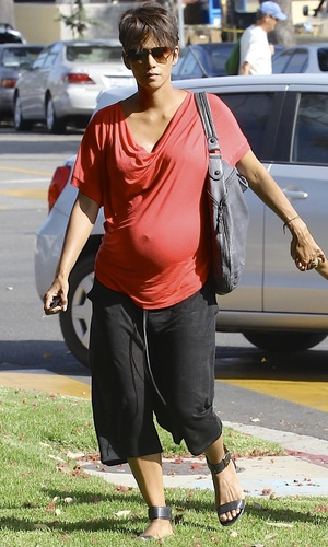 Halle Berry heads out - July 23 2013