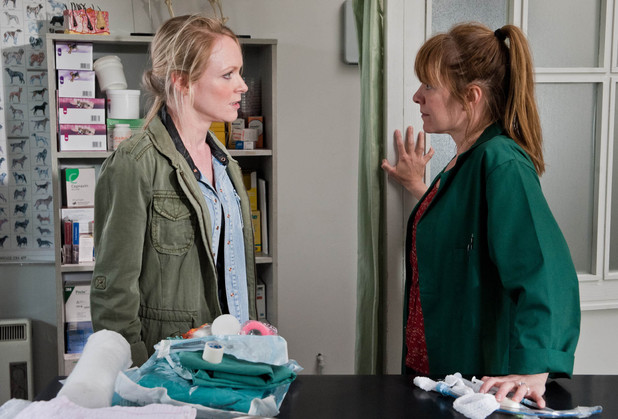 Emmerdale, Vanessa confronts Rhona, Fri 2 Aug