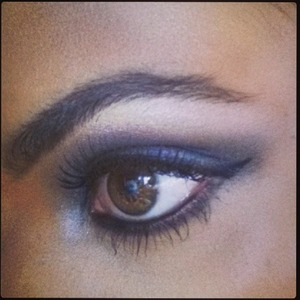 Rochelle Humes snaps a close-up of her blue, smoky eyes, Instagram, 31 July 2013