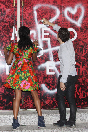 Orlando Bloom promotes new play 'Romeo and Juliet', New York, America - 07 Aug 2013 - with Condola Rashad