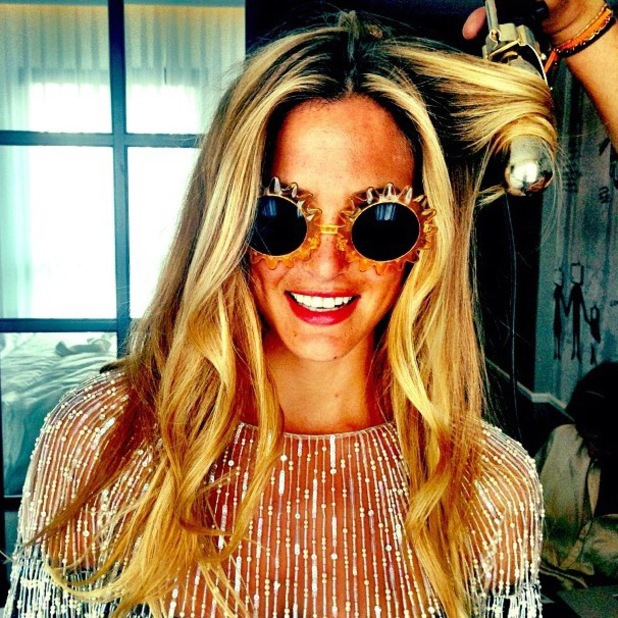 Bar Refaeli sunshine novelty sunglasses Instagram