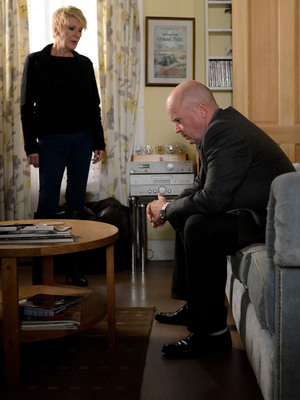 EastEnders, Shirley confronts Phil, Thu 22 Aug