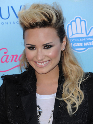 2013 Teen Choice Awards Arrivals held at the Gibson Amphitheatre PersonInImage:	DEMI LOVATO Credit :	Visual/WENN.com