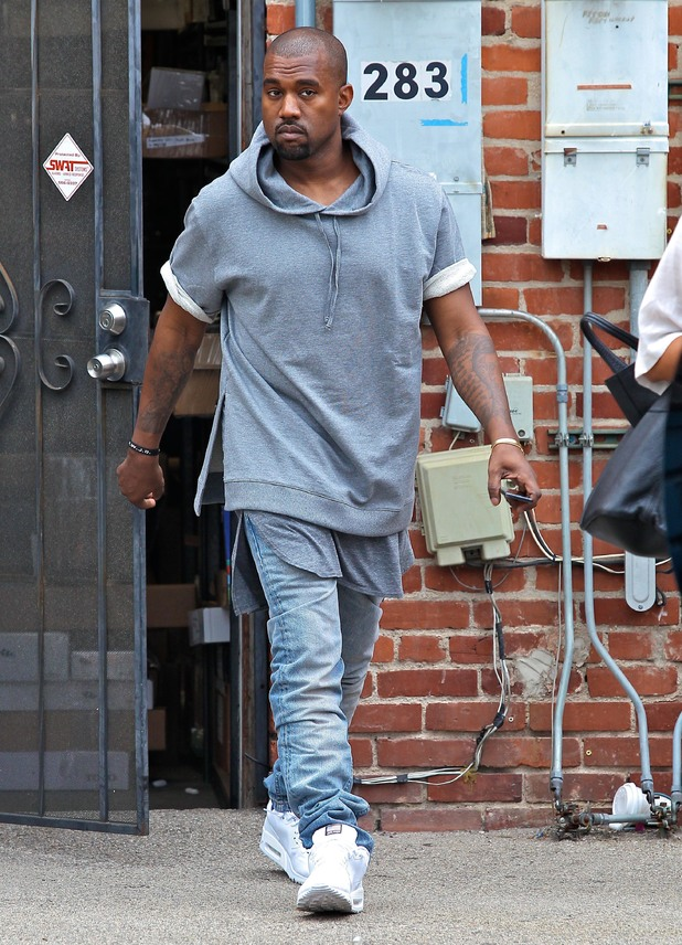 Kanye West seen shopping for furniture in Beverly Hills - 11.7.2013