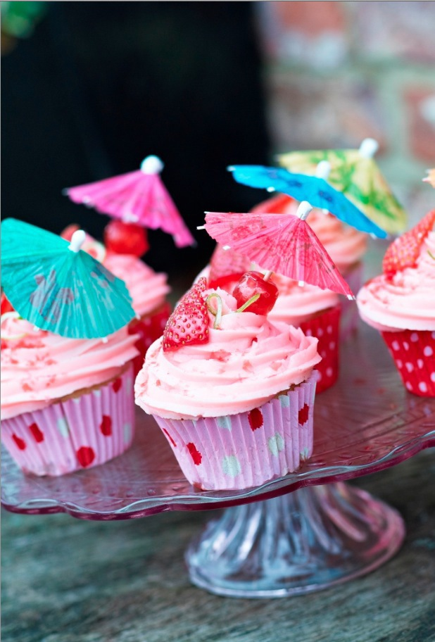 Rachel Green strawberry daiquiri cupcakes