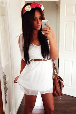 Charlotte Crosby from Geordie Shore in a white dress from her own range - 18 August 2013