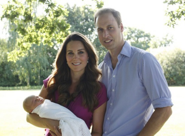 Prince William and Kate Middleton informal pictures of Prince George, released 19 August 2013
