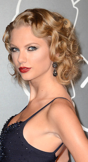 Taylor Swift, The 2013 MTV Video Music Awards at the Barclays Center, 25 August 2013