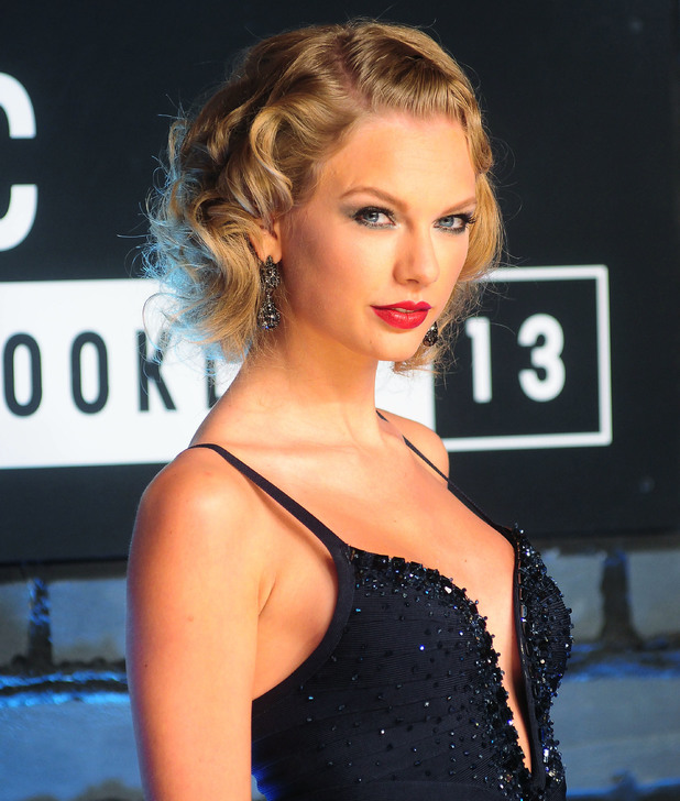 Taylor Swift, The 2013 MTV Video Music Awards at the Barclays Center, 26 August 2013