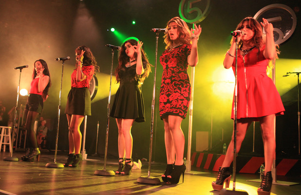 Fifth Harmony on tour with Cher Lloyd