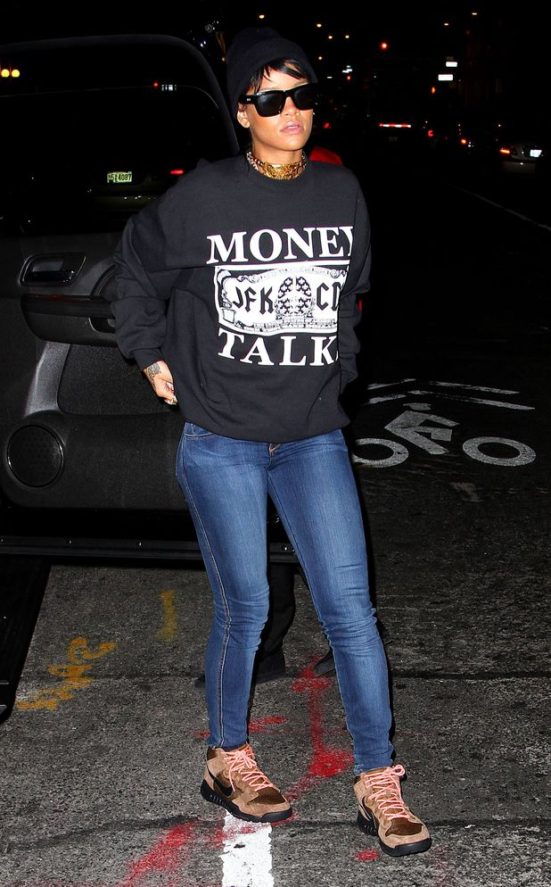 Rihanna wears casual outfit in New York