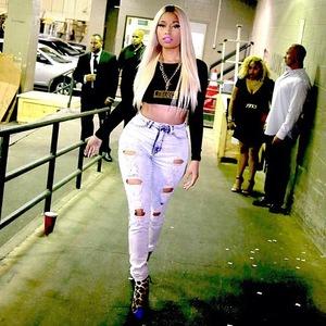 8.9.2013 - New York Fashion Week Nicki Minaj