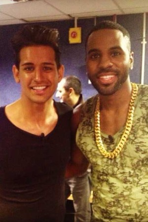 Made In Chelsea's Ollie Locke and Jason Derulo backstage on BB BOTS: Rylan's Supersized Celebrity Sunday.