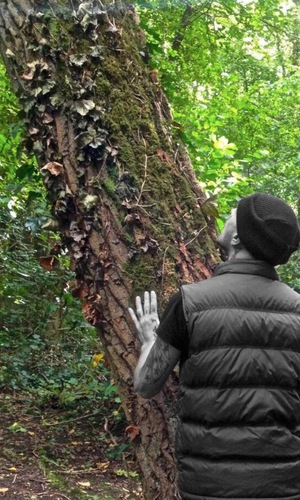 Abz Love hugs a tree after returning home from Celebrity Big Brother - 20 September 2013