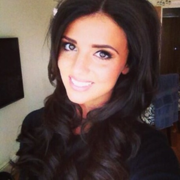 Lucy Mecklenburgh shows off new hair extension on Twitter, ahead of her flight to Vegas to a special TOWIE episode, Sept 21 2013