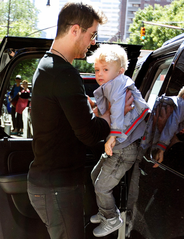 Paula Patton and Robin Thicke with son Julian Thicke in New York 17 Sep 2013