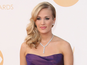 Carrie Underwood at Emmys 2013